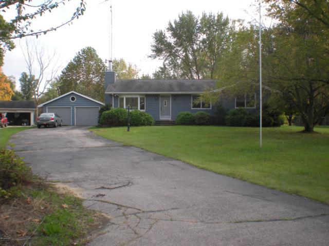 58483 Springdale Drive, Hartford, MI 49057 (MLS #18049762) :: Deb Stevenson Group - Greenridge Realty