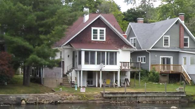 418 Linden Avenue, Albion, MI 49224 (MLS #18049966) :: Deb Stevenson Group - Greenridge Realty