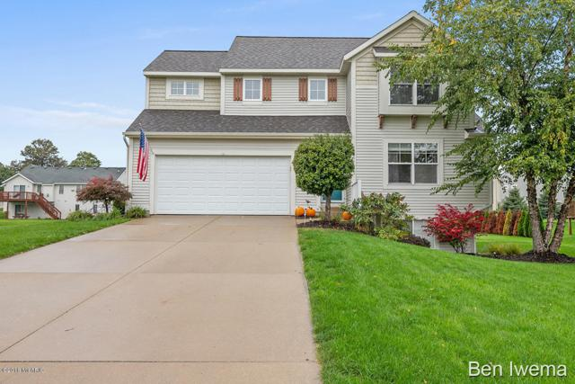 8243 Briar Lane, Jenison, MI 49428 (MLS #18050065) :: Deb Stevenson Group - Greenridge Realty
