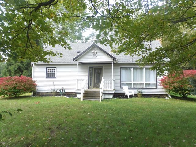 8623 Indian Bay Road, Montague, MI 49437 (MLS #18050107) :: Deb Stevenson Group - Greenridge Realty