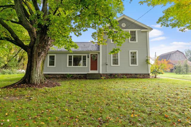 2646 Mccabe Avenue NE, Ada, MI 49301 (MLS #18050110) :: Deb Stevenson Group - Greenridge Realty