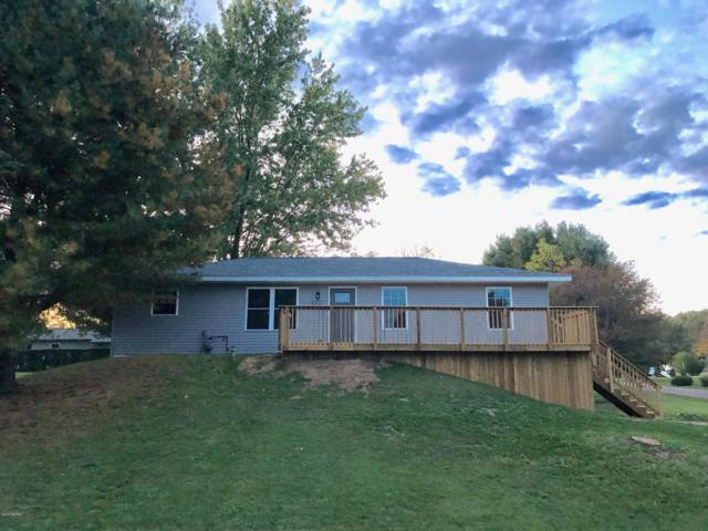 9523 Pine Hill Drive, Battle Creek, MI 49017 (MLS #18050130) :: JH Realty Partners