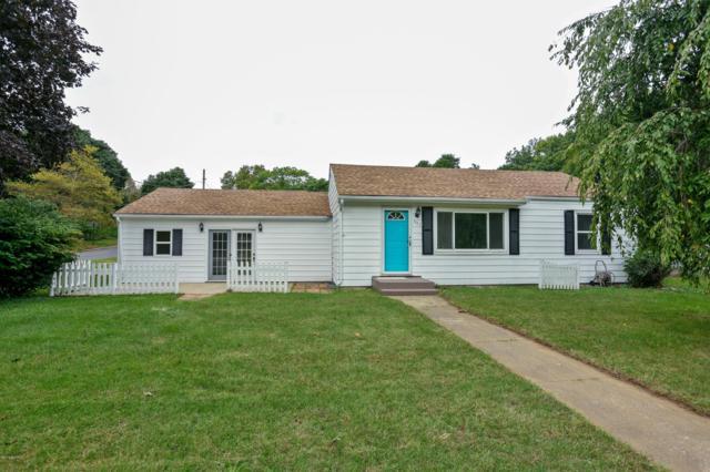 903 N Detroit Street, Buchanan, MI 49107 (MLS #18050201) :: Deb Stevenson Group - Greenridge Realty