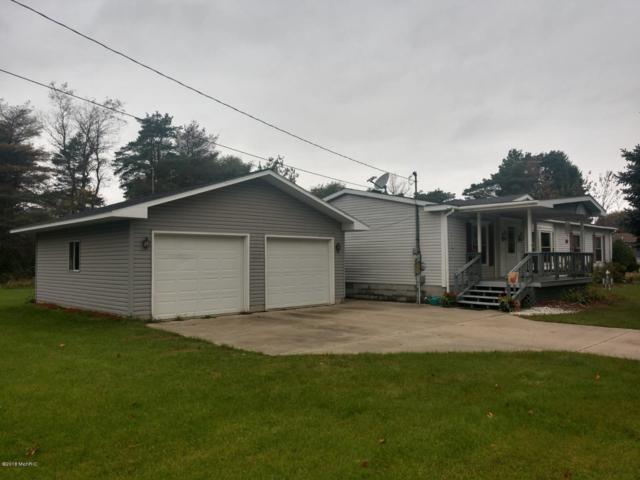 255 Cloverlane Street, Lakeview, MI 48850 (MLS #18050284) :: Deb Stevenson Group - Greenridge Realty