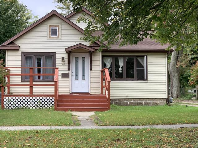 158 E Pearl Street, Coldwater, MI 49036 (MLS #18050306) :: Deb Stevenson Group - Greenridge Realty
