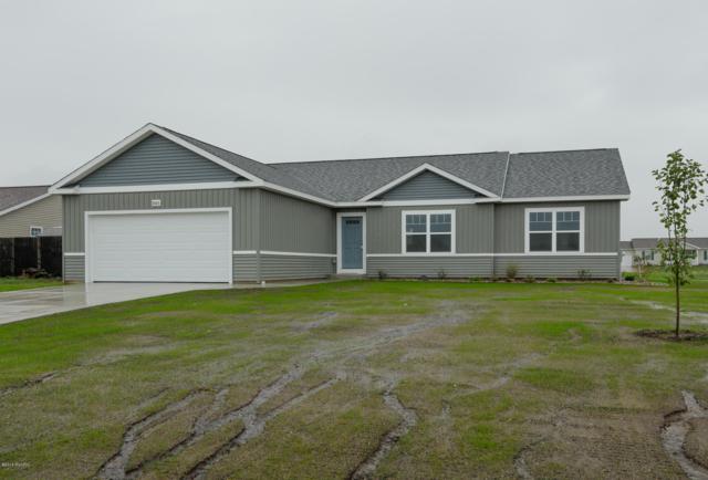 1015 English Primrose Avenue, Vicksburg, MI 49097 (MLS #18050363) :: Matt Mulder Home Selling Team