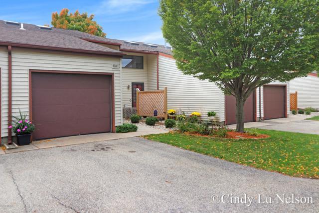 4841 Dell View Court #41, Hudsonville, MI 49426 (MLS #18050473) :: Deb Stevenson Group - Greenridge Realty