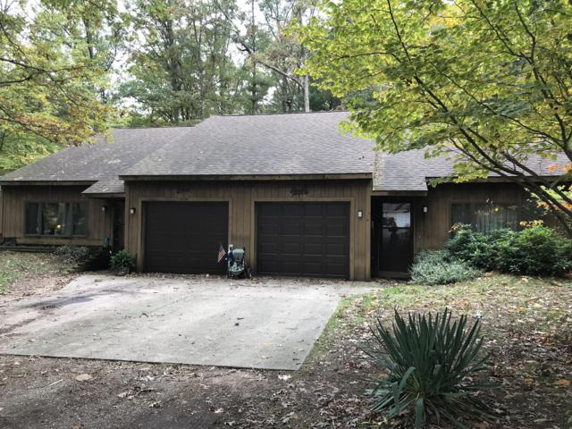 17757 148th Avenue, Spring Lake, MI 49456 (MLS #18050539) :: Deb Stevenson Group - Greenridge Realty