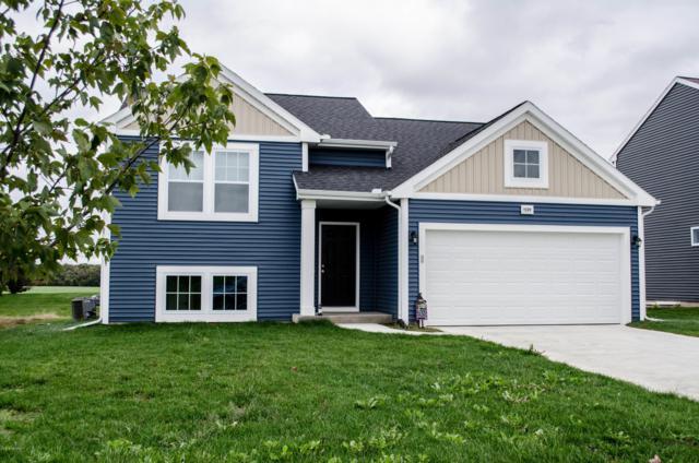 1529 Harper Grove Lane, Vicksburg, MI 49097 (MLS #18050559) :: Matt Mulder Home Selling Team