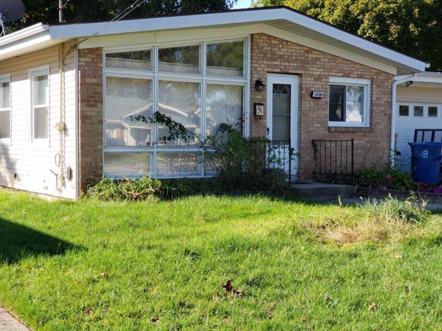 1524 Royal Oak Street SW, Wyoming, MI 49509 (MLS #18050636) :: Deb Stevenson Group - Greenridge Realty