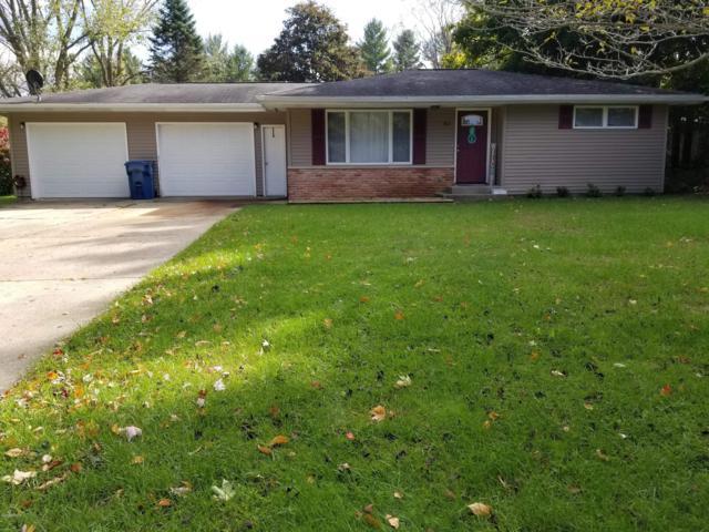 183 Reading Avenue, Hillsdale, MI 49242 (MLS #18050725) :: Deb Stevenson Group - Greenridge Realty