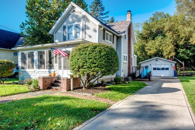 108 S Detroit Street, Buchanan, MI 49107 (MLS #18050807) :: Deb Stevenson Group - Greenridge Realty