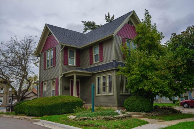 310 W Green Street, Marshall, MI 49068 (MLS #18050999) :: Deb Stevenson Group - Greenridge Realty