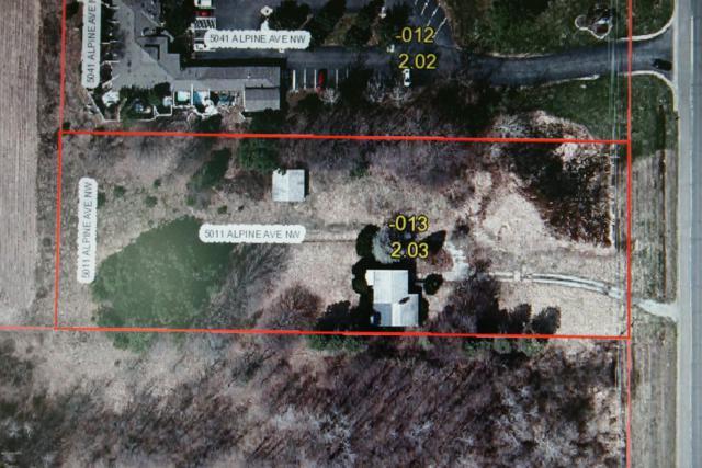 5011 Alpine Avenue NW, Comstock Park, MI 49321 (MLS #18051048) :: Matt Mulder Home Selling Team