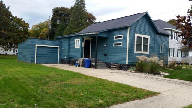 409 N Robert Street, Ludington, MI 49431 (MLS #18051121) :: Deb Stevenson Group - Greenridge Realty