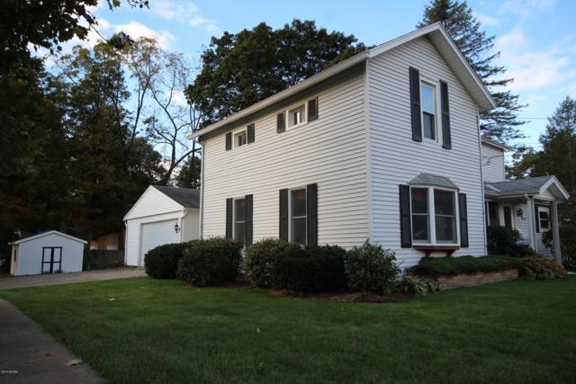 118 Wayland Street, Vicksburg, MI 49097 (MLS #18051128) :: Matt Mulder Home Selling Team
