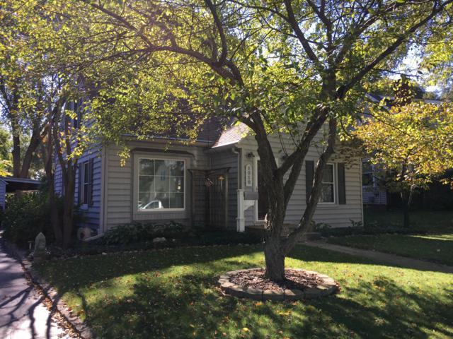 1010 Miles Place, Kalamazoo, MI 49001 (MLS #18051133) :: Carlson Realtors & Development