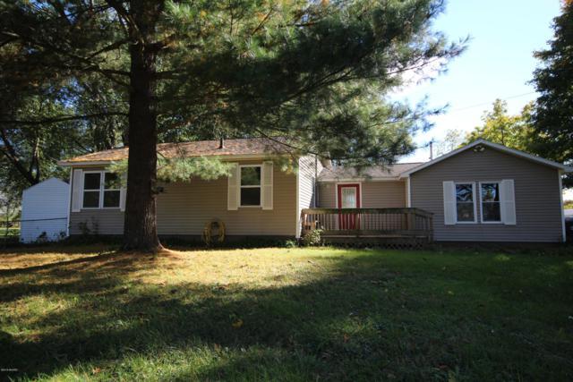 7690 E U Avenue, Vicksburg, MI 49097 (MLS #18051143) :: Matt Mulder Home Selling Team