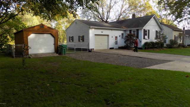 419 Parkway, Niles, MI 49120 (MLS #18051145) :: Deb Stevenson Group - Greenridge Realty
