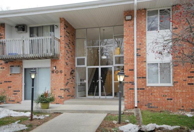 606 Lynn Avenue #11, Kalamazoo, MI 49008 (MLS #18051148) :: Deb Stevenson Group - Greenridge Realty