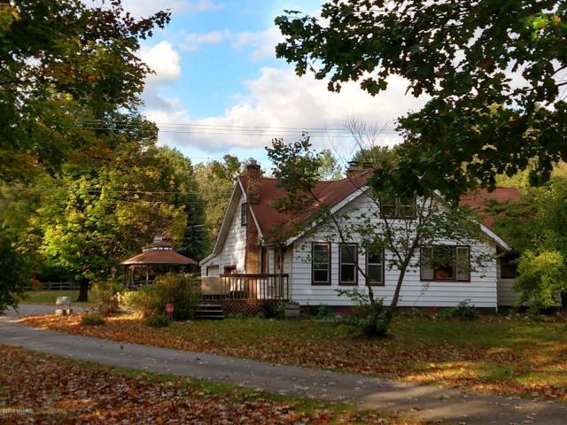 15471 E River Road, Buchanan, MI 49107 (MLS #18051191) :: Deb Stevenson Group - Greenridge Realty