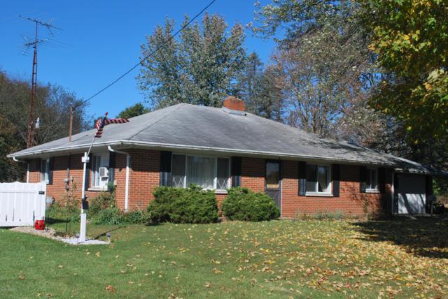 16759 E Augusta Drive, Augusta, MI 49012 (MLS #18051434) :: Carlson Realtors & Development