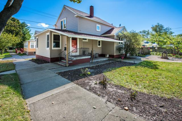 904 Park Street, St. Joseph, MI 49085 (MLS #18051500) :: Deb Stevenson Group - Greenridge Realty