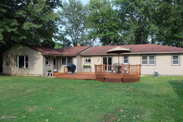 17105 Charles Street, Nunica, MI 49448 (MLS #18051524) :: Deb Stevenson Group - Greenridge Realty