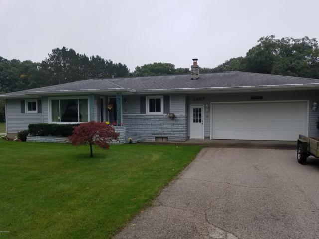 2887 Englund Avenue, Muskegon, MI 49445 (MLS #18051615) :: Deb Stevenson Group - Greenridge Realty