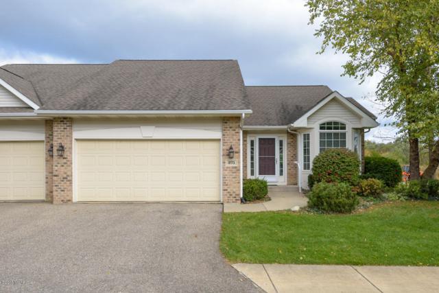 271 Round Hill Road, Kalamazoo, MI 49009 (MLS #18051653) :: Matt Mulder Home Selling Team
