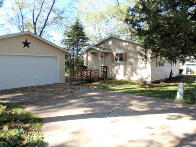 67100 Oxbow Drive, Constantine, MI 49042 (MLS #18051692) :: Matt Mulder Home Selling Team