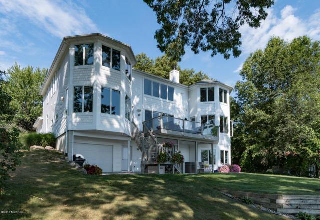 420 Crooked Lake Drive W, Kalamazoo, MI 49009 (MLS #18051715) :: Matt Mulder Home Selling Team