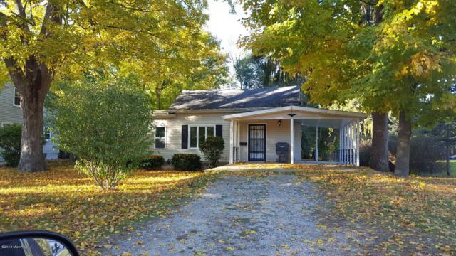 642 W Bridge Street, Plainwell, MI 49080 (MLS #18051718) :: Matt Mulder Home Selling Team