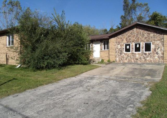 6125 Macedonia Heights Road, Eau Claire, MI 49111 (MLS #18051729) :: CENTURY 21 C. Howard