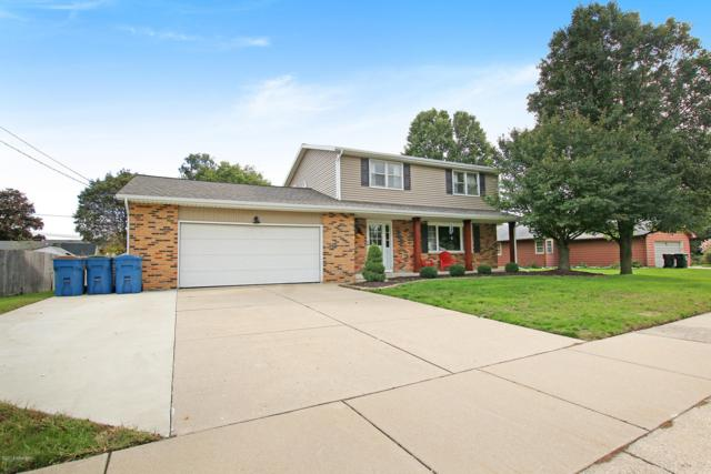 3680 Chickasaw Court SW, Grandville, MI 49418 (MLS #18051897) :: Matt Mulder Home Selling Team