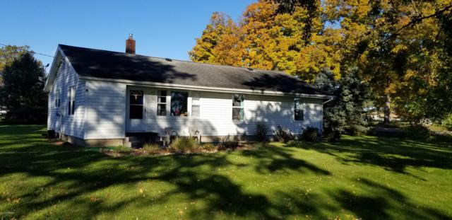 8421 Alden Nash Avenue SE, Alto, MI 49302 (MLS #18052004) :: Deb Stevenson Group - Greenridge Realty