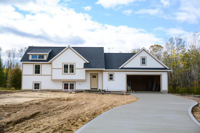 9670 Lorraine Court, Zeeland, MI 49464 (MLS #18052864) :: Matt Mulder Home Selling Team