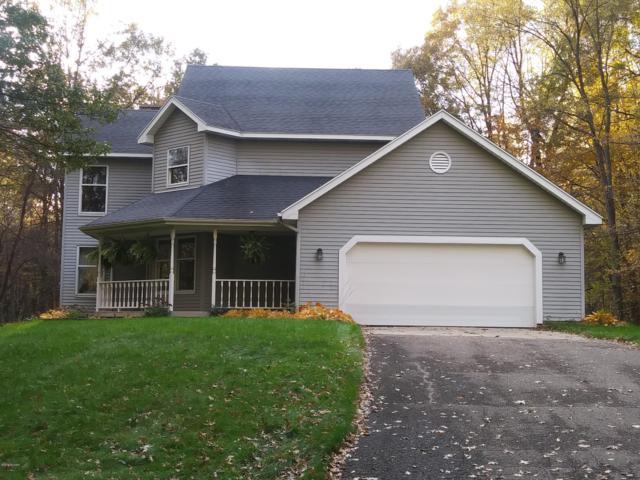 6915 88th Avenue, Zeeland, MI 49464 (MLS #18052893) :: Matt Mulder Home Selling Team