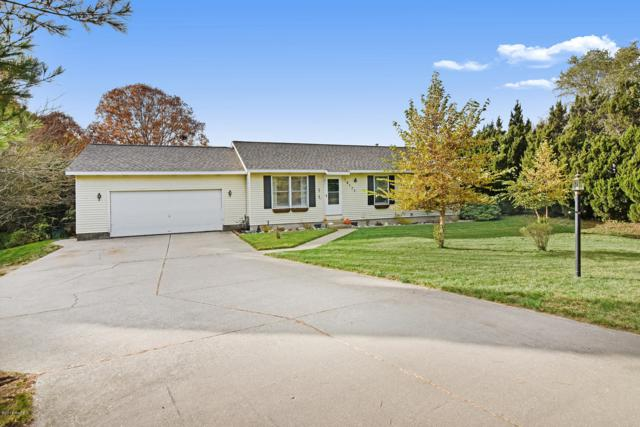 18177 Yuma Court, Spring Lake, MI 49456 (MLS #18052926) :: Deb Stevenson Group - Greenridge Realty