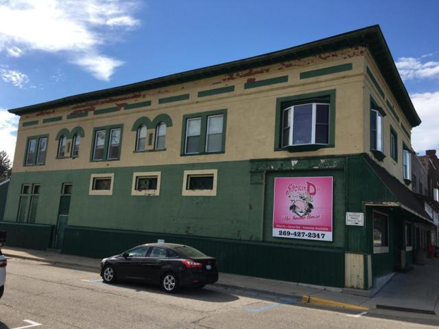 205 W Monroe Street, Bangor, MI 49013 (MLS #18053293) :: Matt Mulder Home Selling Team