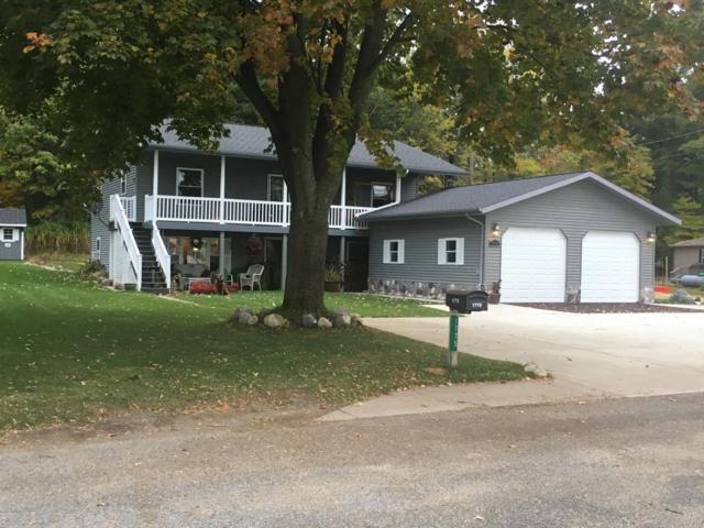 1775 N Lakeview Drive, Mears, MI 49436 (MLS #18053703) :: Deb Stevenson Group - Greenridge Realty