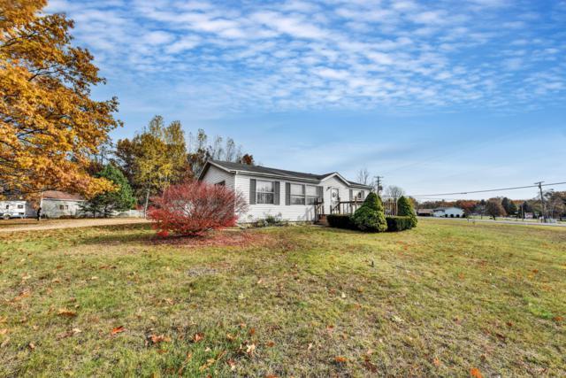 8985 Harding Avenue, Farwell, MI 48622 (MLS #18053705) :: Deb Stevenson Group - Greenridge Realty