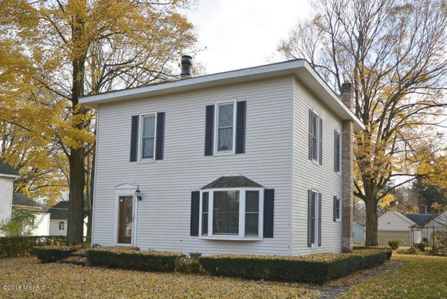 322 E St Joseph Street, Lawrence, MI 49064 (MLS #18054157) :: Matt Mulder Home Selling Team
