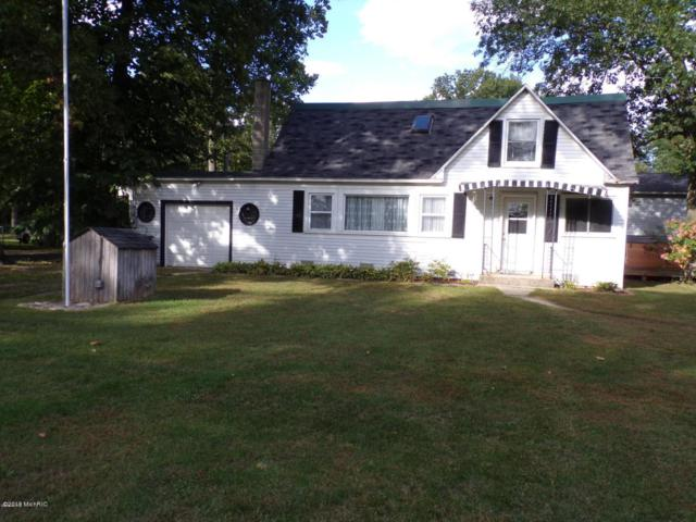 37696 Lakeshore Drive, Paw Paw, MI 49079 (MLS #18054164) :: JH Realty Partners