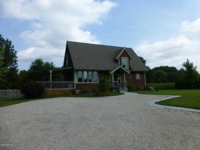 3310 Lilac Road, Hillsdale, MI 49242 (MLS #18054217) :: Deb Stevenson Group - Greenridge Realty