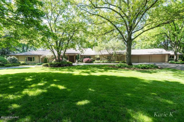 2020 Robinson Road SE, East Grand Rapids, MI 49506 (MLS #18054538) :: JH Realty Partners