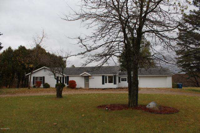 1710 N State, Big Rapids, MI 49307 (MLS #18054559) :: Deb Stevenson Group - Greenridge Realty