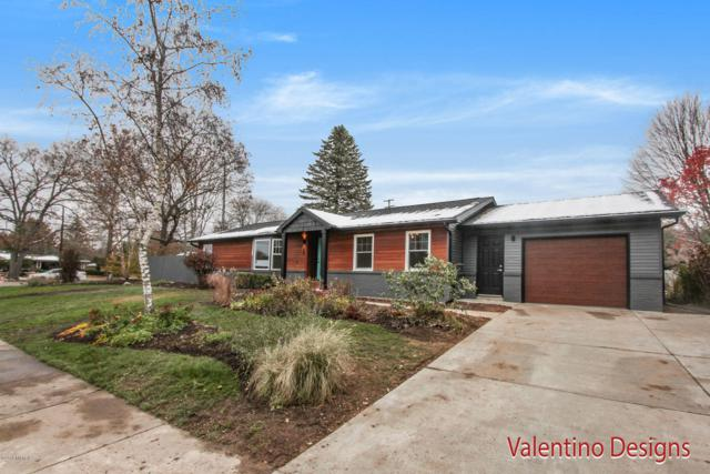 300 Arlington Drive SE, East Grand Rapids, MI 49506 (MLS #18054918) :: JH Realty Partners