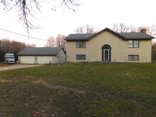 4242 Knapp Court NE, Grand Rapids, MI 49525 (MLS #18055024) :: JH Realty Partners