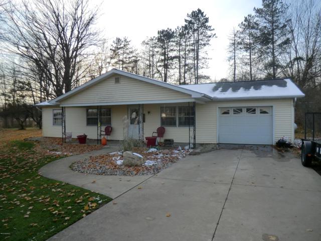 152 S Centennial, Coldwater, MI 49036 (MLS #18055159) :: Deb Stevenson Group - Greenridge Realty